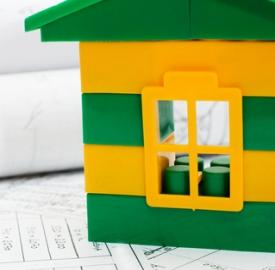Polizza casa C Maria Skaldina Dreamstime . com . jpg