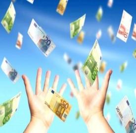 Trionfano le carte di credito prepagate