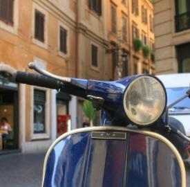 Assicurazione scooter. Foto. freedigitalphotos