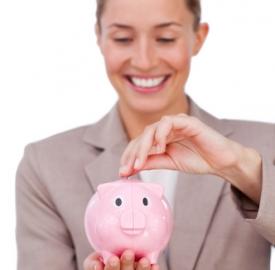 Consigli per scegliere il conto corrente più conveniente © Wavebreakmedia Ltd  Dreamstime . com