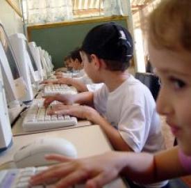 Internet: giovani