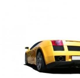 Gli italiani sognano auto full optional