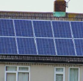 Energia verde, a Torino Energethica: risparmio energetico e sostenibilità.