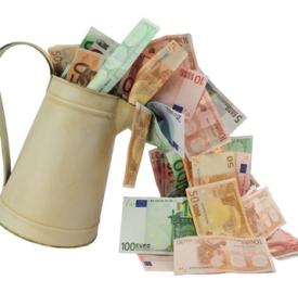 Conto corrente Deutsche Bank © Ferenc Ungor  Dreamstime . com