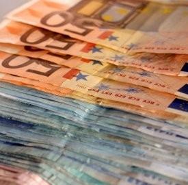 Prestiti personali a stranieri: la documentazione necessaria