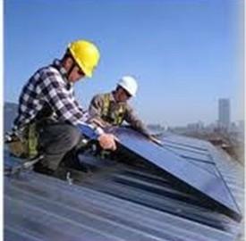 Prestiti per il fotovoltaico: ecco le offerte di Findomestic e UniCredit