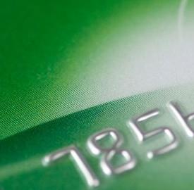 Carte di credito o Bancomat, per il bollo auto commissioni salate con ACI.