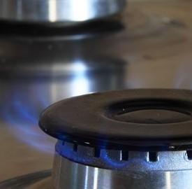 Luce e gas con Abbassa la bolletta, si può aderire fino al 30 novembre.
