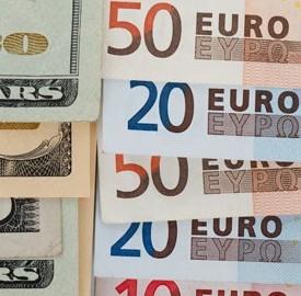 Tassi di interesse buoni ordinari del Tesoro dodici mesi, crollano ai minimi.