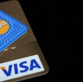 Nuovo redditometro, carte di credito ora sono sotto il monitoraggio fiscale.