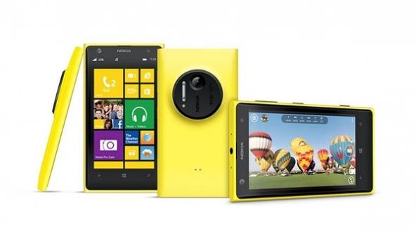 Nella foto il Nokia Lumia 1020