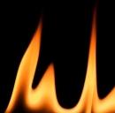 Una fiamma non riscalda solo un'ambiente ma anche il cuore di chi ci vive