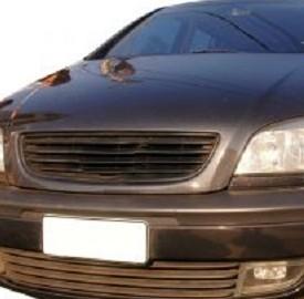 Assicurazione auto e italiani
