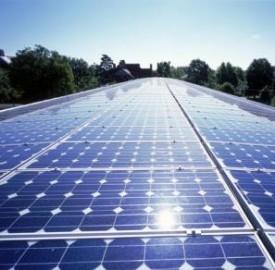 Bologna, il fotovoltaico rimpiazza l'amianto