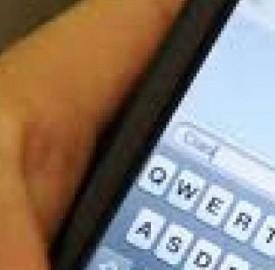 Gli sms italiani i più cari d'Europa