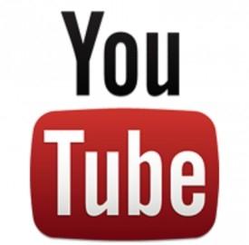 YouTube compie otto anni