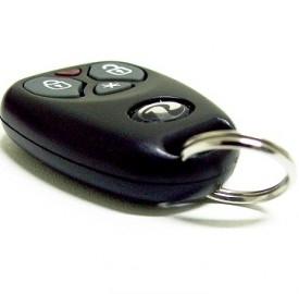 Automobili, diminuiscono le vendite e crescono i furti