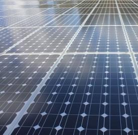 Fotovoltaico, l'Italia propone il pannello mobile da balcone