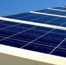 Energia pulita: ecco lo schermo che cattura i raggi solari e ricarica smartphone e tablet