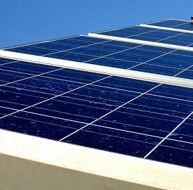 Energia per gli smartphone dal sole