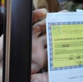 Assicurazione auto: aumento dell'imposta locale al 16%