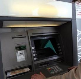 In Italia il conto corrente è troppo caro, denuncia dell'Adusbef