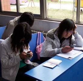 Operazione Studenti 2013-2014, prestiti agevolati per mandare a scuola i figli.
