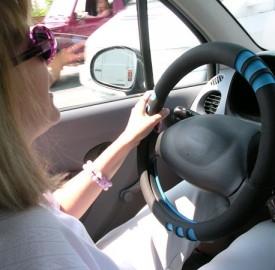 Direct Line, le donne al volante un pericolo per un italiano su tre