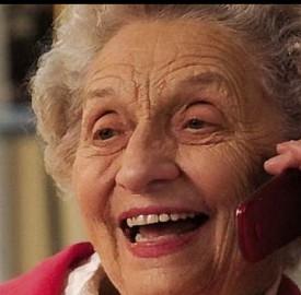 cellulare per anziani, cellulare per over 65, smartphone per anziani