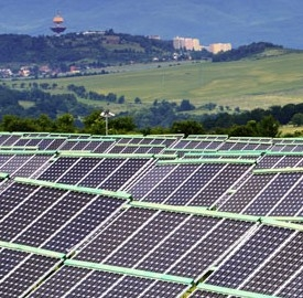 Erg cresce nel primo semestre del 2013 grazie alla green economy.