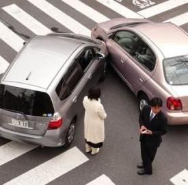 Assicurazione auto meno costosa di quella per i motocicli