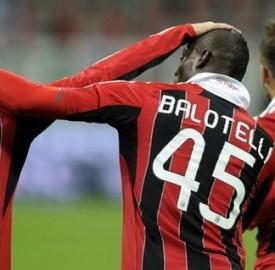 Un'immagine dei rossoneri dopo un goal