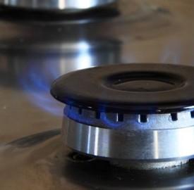 Bonus sociali luce e gas devono essere rimodulati ed estesi per le famiglie.