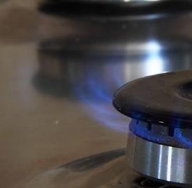Bollette luce e gas a rate, famiglie in difficoltà secondo l'Adoc.