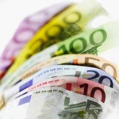 Banche: calano i prestiti a famiglie e aziende
