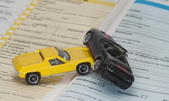 RC auto, aumenti previsti nel 2014