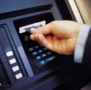 Banche, da oggi conti correnti più cari: aumentano in media del 20% i costi per le operazioni