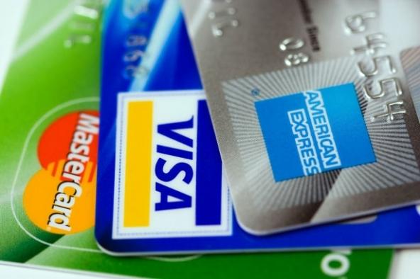 Carta di credito, obbligo moneta elettronica.