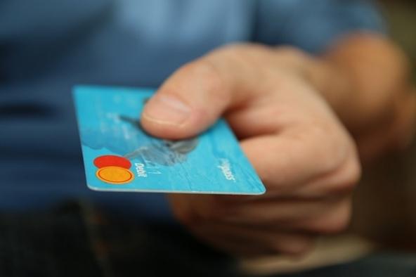 Pagamenti tramite carta di credito con NFC