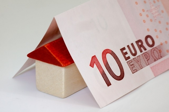 Compravendita immobiliare in ripresa: +3,7% annuo