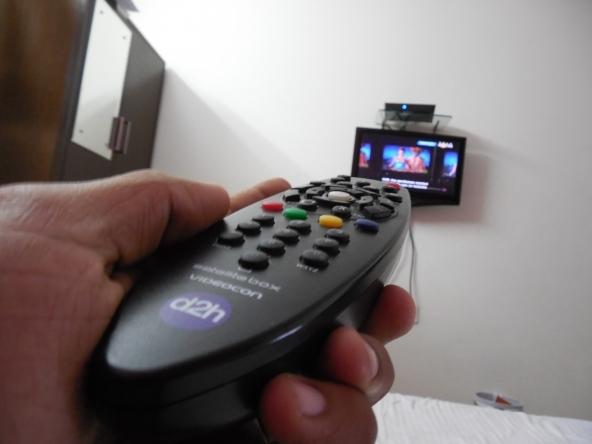 Per una sola pay tv Mediaset e Sky insieme