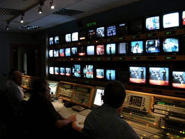 Nuova alleanza Mediaset Premium e Telecom