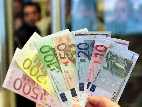 Rallenta la caduta di prestiti alle famiglie