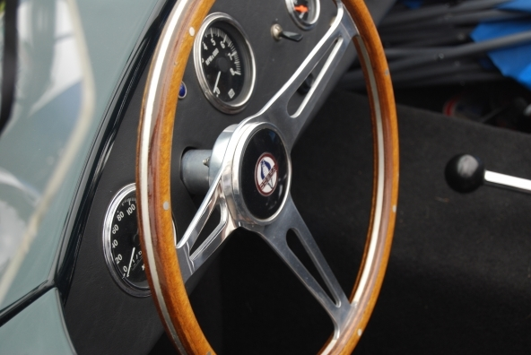 Confrontotra ssicurazioni per auto di lusso