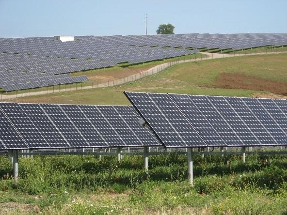consumo elettricità in calo del 3,7%