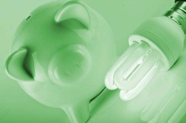 Risparmiare sui costi di luce e gas
