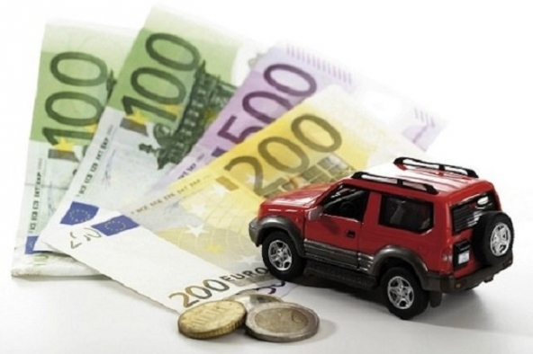 Guidare senza assicurazione auto, i rischi