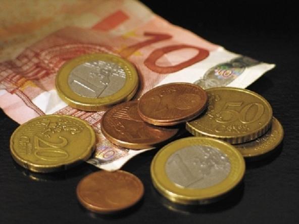 Domanda di prestiti di imprese e famiglie cresce