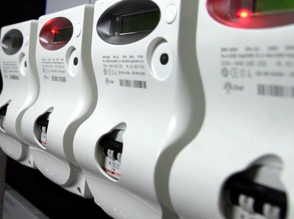Crescono i furti di energia elettrica