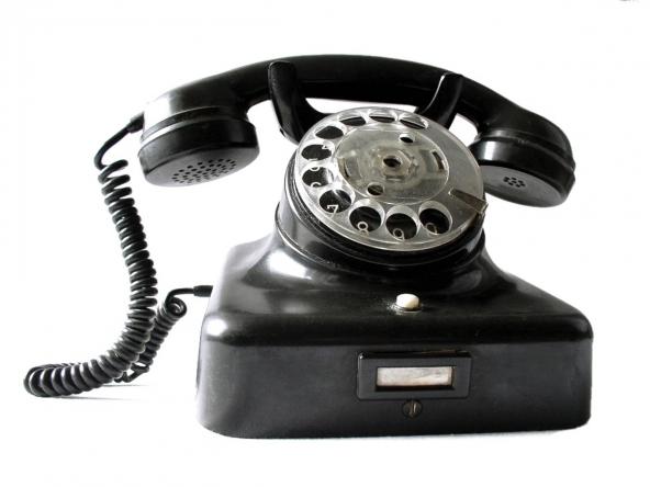 Telefono fisso in via d'estinzione